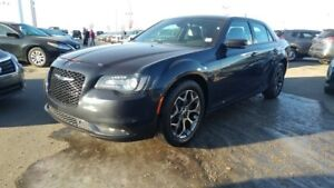 2016 Chrysler 300 S AWD Accident Free,  Navigation (GPS),  Leath