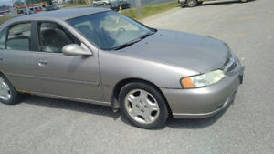 2001 Nissan Altima GXE Low KM