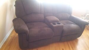Reclining Love Seat & Chair $550