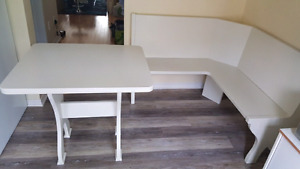 White kitchen corner bench and table $90 obo