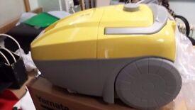 Vacuum cleaner bagged like new