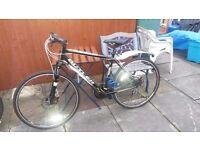 """Like New - Claud Butler Explorer 300 - 20"""" Frame - Hybrid Bike - 26 """" Wheels"""