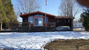 Cottage for Rent on Varty Lake