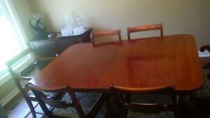 Dining Table and 6 Chairs + Sideboard