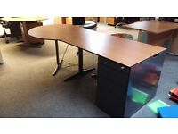 2 X Ahrend radial corner desks 120 X 80cm, 100 radial. Delivery