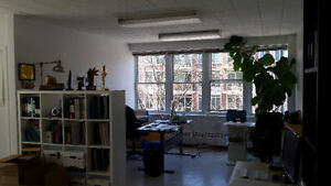 Amazing Monkland village Office Space for rent 600sq feet