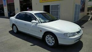 1999 Holden Calais VT White 4 Speed Automatic Sedan Coopers Plains Brisbane South West Preview