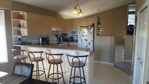 Bedroom Available in Gorgeous Bi-Level House Strathcona County Edmonton Area image 3