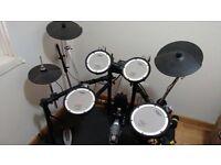 Roland TD4 KX Electronic Drum Kit including Roland PM10 Amp
