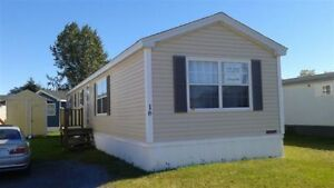 NEW PRICE - 2008 Maple Leaf Mini Home