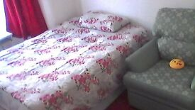spacious double room in plaistow , few mins walking distance from underground station