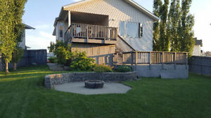 Bedroom Available in Gorgeous Bi-Level House Strathcona County Edmonton Area image 2