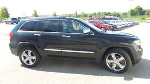 2011 Jeep Grand Cherokee Overland, HEMI, Fully Loaded! Kitchener / Waterloo Kitchener Area image 6