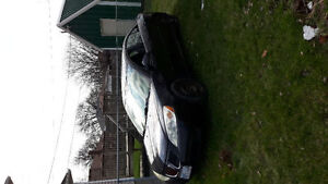 2006 Pontiac Sedan G6  NEEDS TO GO $750