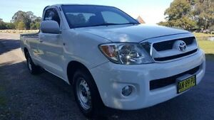 2006 Toyota Hilux GGN15R SR White 5 Speed Automatic Utility Tuggerah Wyong Area Preview