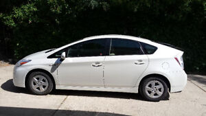 2010 Toyota Prius Hybrid-Lower your gas bill