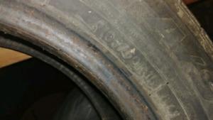 Tires 4 saisons toyo 195\60 R 15