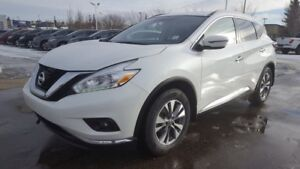2016 Nissan Murano AWD SV Navigation (GPS),  Heated Seats,  Sunr