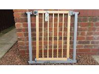 Wood / Metal Safety Gate