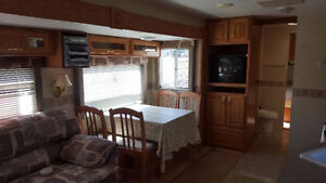 2003 Jayco Eagle camper. Mint condition !