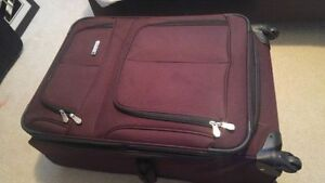 luggage case cheap compare to store!!!!