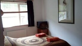 Porthtowan ~ Short term let. Lovely, good size, furnished comfortable double room right by the sea.