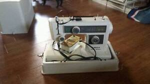 """Sewing machine a coudre """"Omega"""" model:1260C"""