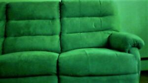 Beautiful 3 seater couch for sale