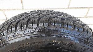 21565r16 pneus d'hiver sur jantes presque neufs! Québec City Québec image 2