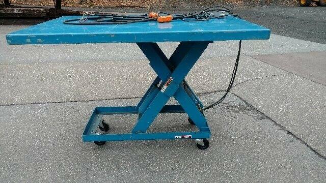"Electric Hydraulic Scissor Lift Table 2,000 Lb Capacity 72"" X 48"" Table"