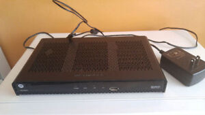 ROGERS DIGITAL CABLE BOX WITH REMOTE CONTROL AND HDMI CABLE