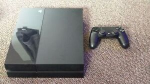 Ps4 + Your choice of 1 game Cambridge Kitchener Area image 1