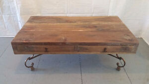 Table rustique base en bois de pruche (pin rouge)