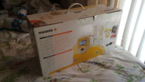 Madela free style double electric breast pump