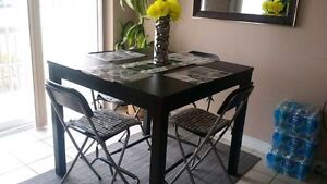 TALL COFFEE/DINING SET, COMES WITH 6 SEATS!!