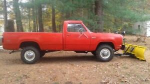 1978 Dodge w 200 Power Wagon 4x4 moteur 440