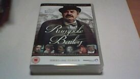 RUMPOLE OF THE BAILEY COMPLETE SERIES ONE TO FOUR(1-4) 8 x DVD BOX SET
