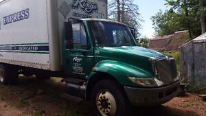 2006 International 4300  box truck