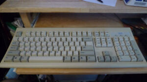 IBM Model KB-8923 PS2 Keyboard Vintage