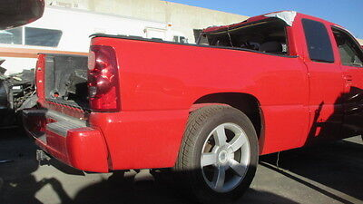 2003 SILVERADO SS SHORT BED RIGHT BED SIDE IN RED LQ9 LS2   2 Sided Cherry Bed