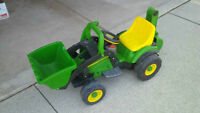 John Deere Tractor, 6v powered ride on Watch|Share |Print|Report