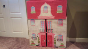 Folding Doll House Edmonton Edmonton Area image 2