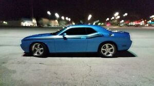 2010 Dodge Challenger R/T 370 HP 6-SP Man