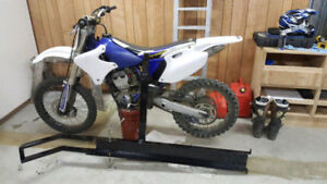 "YZ250F + 2"" receiver carrier"
