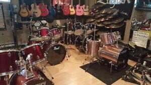 Drum batterie tout inclut 290 $ VENTE DE GARAGE d'un prof de drum