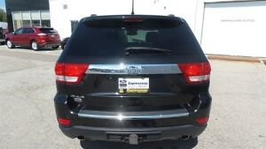 2011 Jeep Grand Cherokee Overland, HEMI, Fully Loaded! Kitchener / Waterloo Kitchener Area image 4