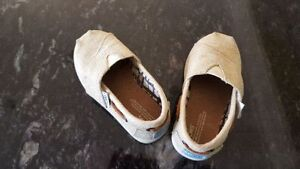 Girl's (Toddler) Toms Shoes London Ontario image 2