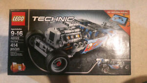 Lego Technic Hot Rod and Rally Racer 2 in 1