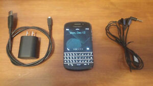 BlackBerry Q10 (ONLY $60. FIRM)