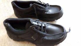 Boys Clarks Leather School Shoes Size 4.5E